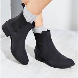 jeffrey campbell stormy matte black booties